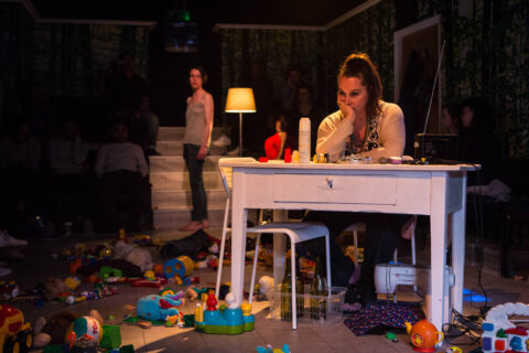 ©helenmurray suzy stork by magali mougel translated by chris campbell, directed by jean-pierre baro, gate theatre-76